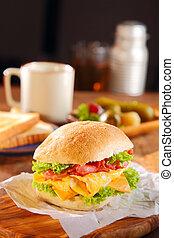 hozzáadott, burger, szalonna, fejes saláta, tojás, sajt