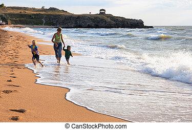 hullámtörés, tengerpart, család