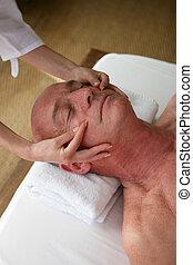 idősebb ember, felfogó, head-massage, ember