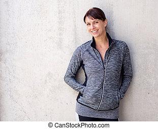 idősebb, mosolyog woman, sport