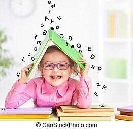 irodalomtudomány, bevétel, tető, könyv, furfangos, alatt, mosolygós, szemüveg, esés, menedék, kölyök