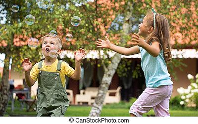 játék, gyerekek, kert