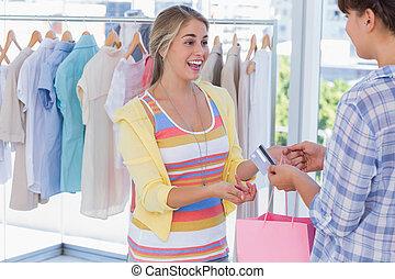kártya, odaad, pénztáros, hitel, vásárló