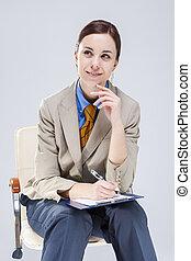 kék, hangjegy, gyártás, nő, szék, tie., portré, mosolygós, notepad, ülés, pozitív, ing, vidám, időz