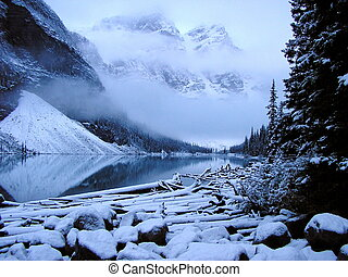 köd, moraine tó