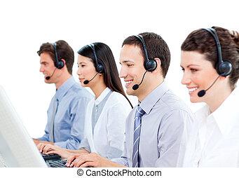 középcsatár, dolgozó, hívás, ügynökök, vásárló, jókedvű, szolgáltatás