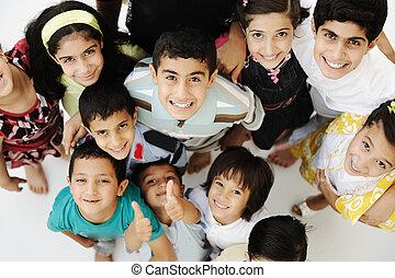 különböző, csoport, tolong, lóverseny, évek, nagy, gyerekek, boldog