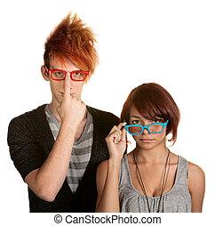 különc, párosít, szabályozó, szemüveg