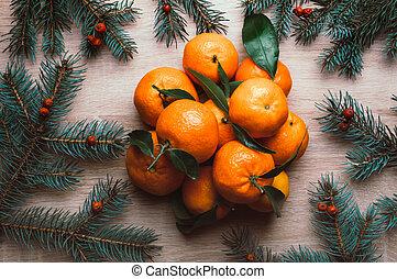karácsony, tető, mandarins, berries., dal, fenyő, kilátás, háttér, elágazik, frame., rowan, lakás, ünnep, tél