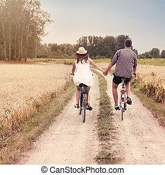 kerékpározás, romantikus