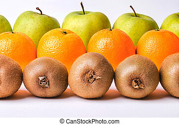 kivi, narancs, evez, alma