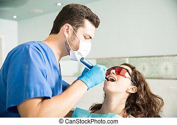 klinika, nő, felfogó, fogász, bánásmód