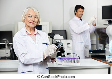 kolléga, orvosi, természettudós, labor, dolgozó