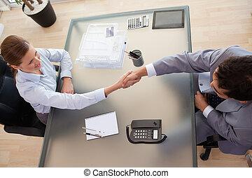 konzulens, felül, kézbesít, kilátás, vásárló, remegő