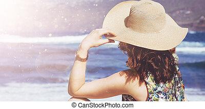 látszó, fesztelen, hölgy, fiatal, óceán
