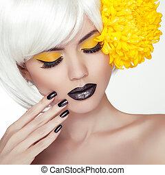 lipstick., haircut., woman lány, rövid, körmök, feláll, makeup., manicure., szőr mód, fekete, szőke, portré, divatba jövő, fényesít, formál, csinál, mód