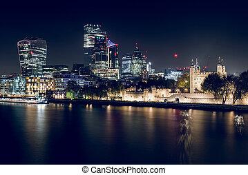 london, éjszaka, város