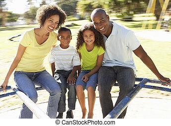 lovaglás, liget, körforgalom, család