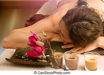 megkövez, dayspa, ásványvízforrás, salon., massage.