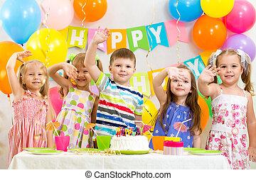 misét celebráló, születésnap, ünnep, gyerekek, boldog