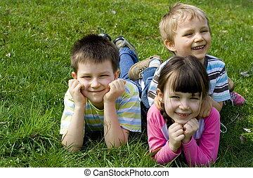 mosolygós, gyerekek