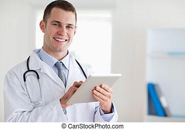 mosolygós, orvos, övé, tabletta
