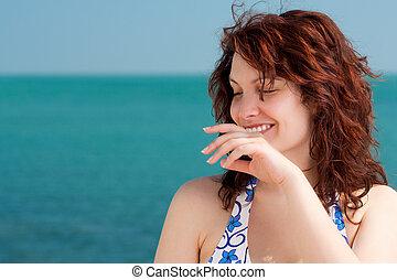 mosolyog woman, tengerpart