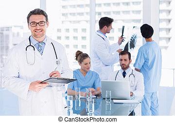 munka, hivatal, orvosok, orvosi
