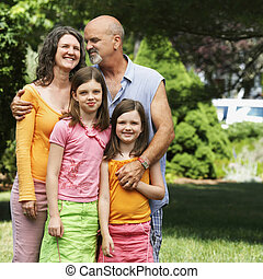 négy, udvar, család