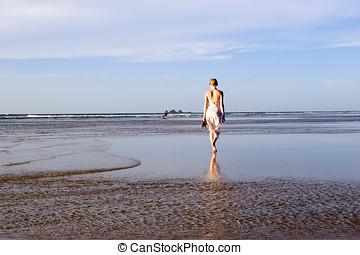nő, ausztrália, tengerpart, 3