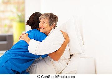 nő, caregiver, öregedő, ölelgetés