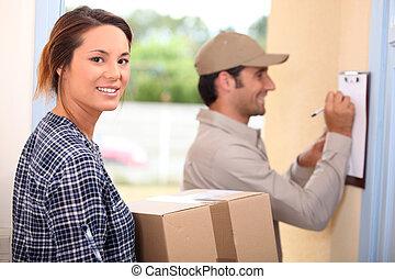 nő, felfogó, csomag