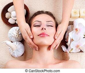 nő, kinyerés, fiatal, massage., arcápolás, ásványvízforrás, masszázs