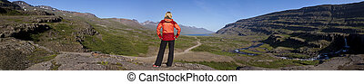 nő, kiránduló, berufjordur, lefelé, völgy, izland, látszó
