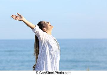 nő, lélegzés, tengerpart, megelégedett