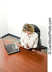 nő, munka, ügy