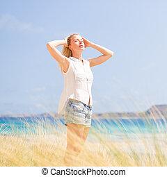 nő, nap, szabad, vacations., élvez, boldog