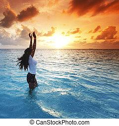 nő, napnyugta, tenger