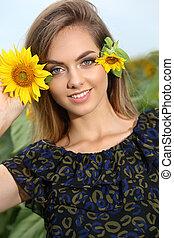 nő, napraforgó, gyönyörű, nap, fiatal, mező, nyár