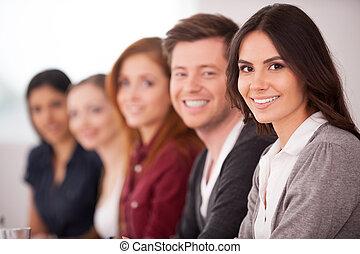 nő, neki, ülés, fényképezőgép, emberek, fiatal, seminar., időz, más, bájos, mögött, mosolygós, evez