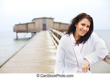 nő, tengerpart, fürdőköpeny, bágyasztó