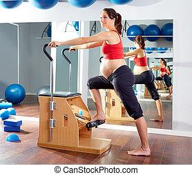 nő, terhes, pilates, gyakorlás, szék, wunda