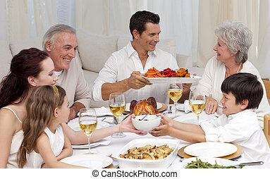 nagy, otthon, having vacsora, család