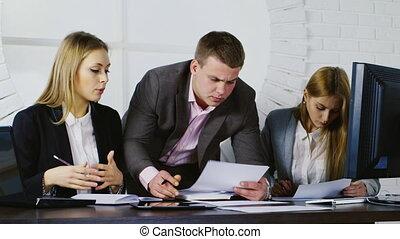 okmányok, munka, dolgozó, ügy, két, befog, ember, nők