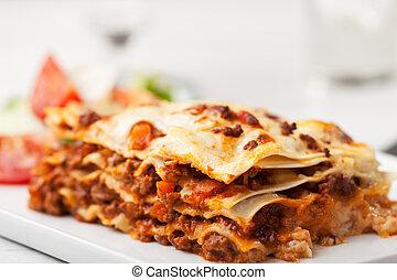 olasz, tányér, lasagna, derékszögben