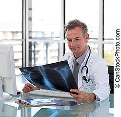 orvos, röntgen, látszó, érett