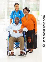 párosít, afrikai, munkás, női, healthcare, idősebb ember