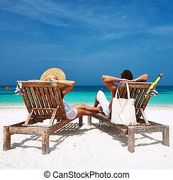 párosít, maldívok, tengerpart, fehér, kipiheni magát