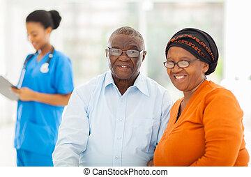párosít, orvosok, idősebb ember, hivatal, afrikai