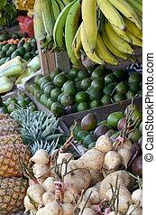 piac friss, gyümölcs elakad